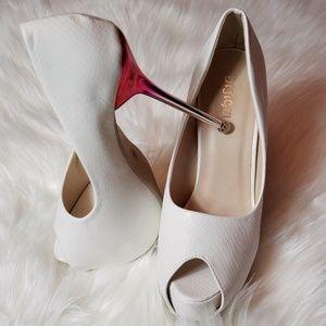 White peep toe platform stiletto